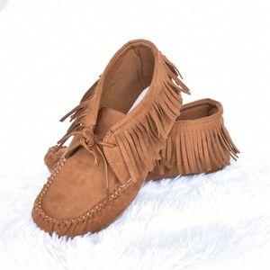 Kids Moccasin shoe Size 4/5Y